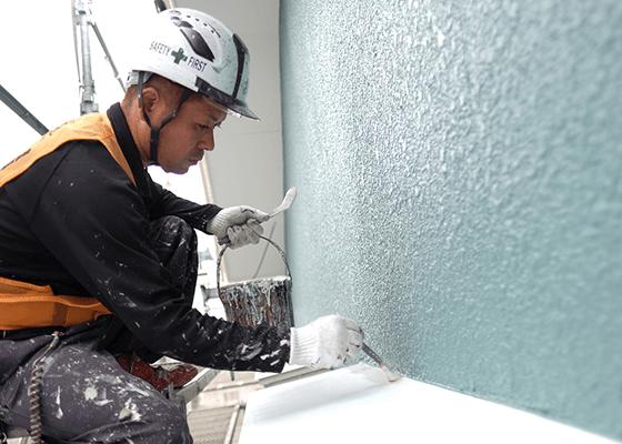 外壁塗装作業風景01