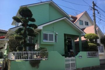 福岡県春日市天神山にお住いの青木様宅の外壁塗装工事を行いました。