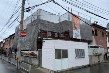 福岡県福岡市博多区諸岡のZ様邸でシーリング工事・外壁塗装・屋根付帯塗装工事を行っています。