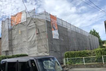 福岡県春日市天神山で外壁塗装工事・屋根塗装工事・塗床塗装工事を行っています。