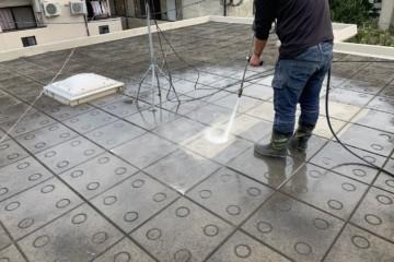 福岡県福岡市南区弥永で屋上防水工事を行っています。