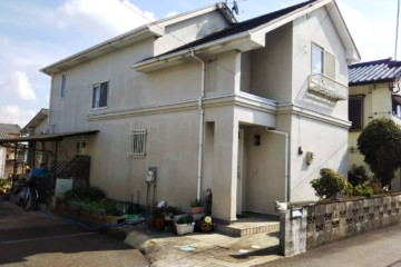 福岡県鳥栖市で外壁塗装工事・屋根塗装工事を行っています。