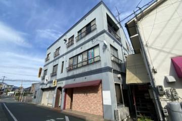 福岡県筑紫野市でビル塗装工事・防水工事を行っています。