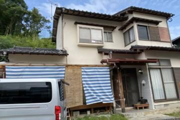 福岡県那珂川市片縄西で外壁塗装工事を行っています。